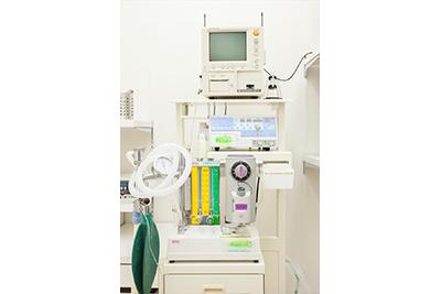 麻酔器・生体情報モニター